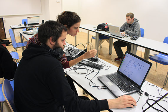 Visual Music workshop using VVVV at MFRU'11, Maribor, Slovenia